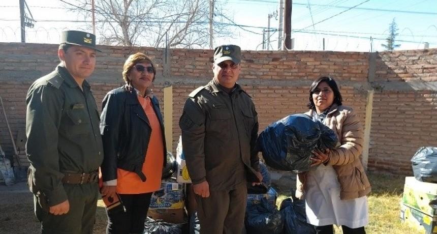 Gendarmeria entregó mercadería secuestrada a escuelas de Belén y Antofagasta
