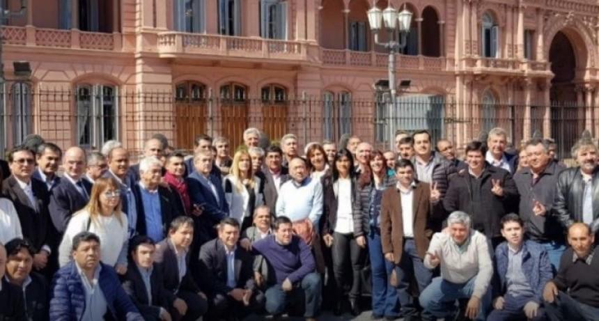 Intendentes Peronistas firmaron el rechazo a la eliminación del Fondo Sojero