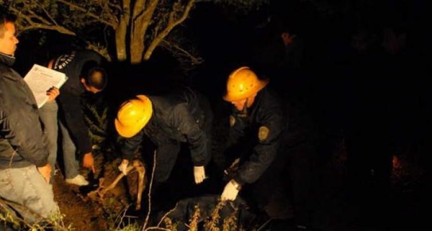 Un hombre descubrió un esqueleto humano cerca de su vivienda
