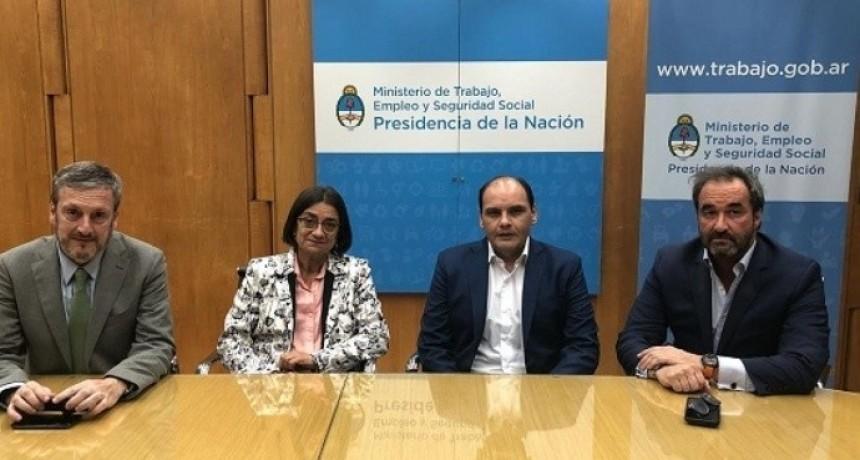 Corpacci firmó el Pacto Fiscal pero no renunció al Fondo Sojero