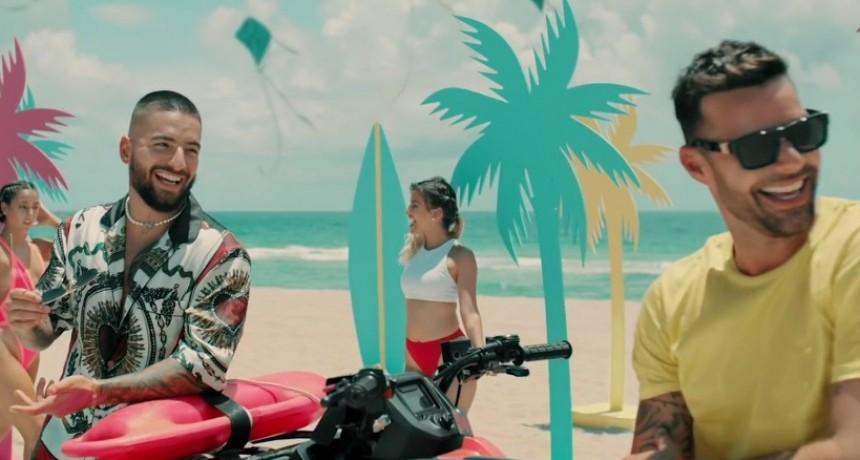 """Maluma y Ricky Martin  imparables con""""No se me quita"""""""