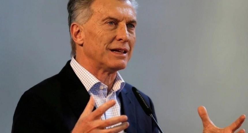 Mauricio Macri empezó la campaña electoral con una columna de opinión