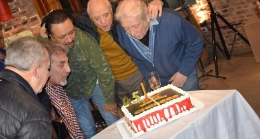 Chébere festejará sus 45 años con el cuarteto en el Teatro del Libertador