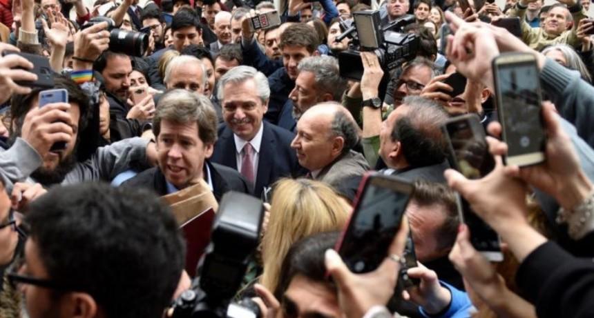 Entre formal y distante: la relación de Schiaretti con el Frente de Todos