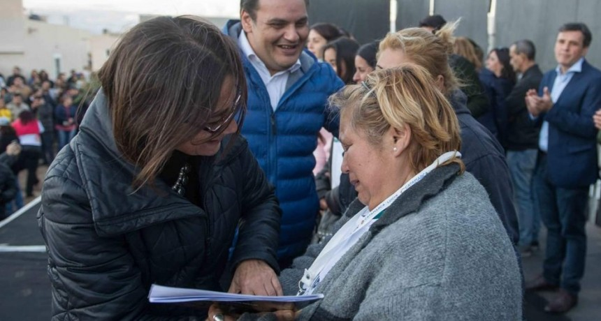 Mañana Corpacci  entregará  60 viviendas en Valle Chico: el listado con los adjudicatarios