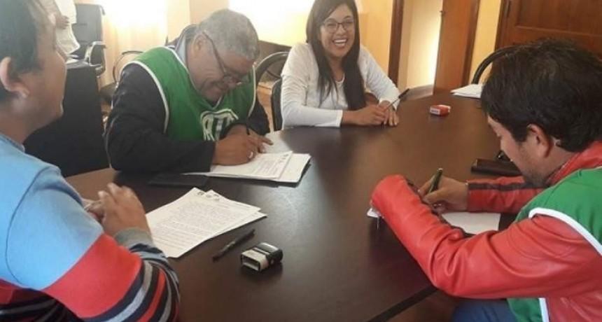Municipales de Tinogasta recibirán bono de $2500
