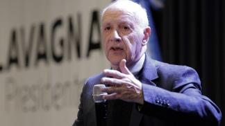 Lavagna consideró que ni el bombo populista ni la patria financiera le servirán al país