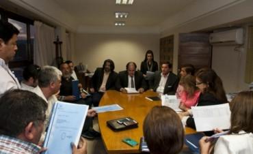 Gobierno busca negociar con Gremios Docentes