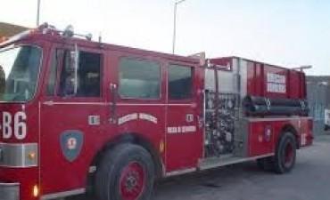 Se incendio un taller de chapa y pintura en Santa María