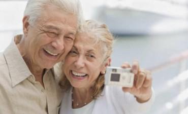 Un celular argentino pensado para personas mayores