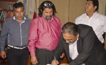 Se firmó el acuerdo en Educación y ATECA levanta el paro