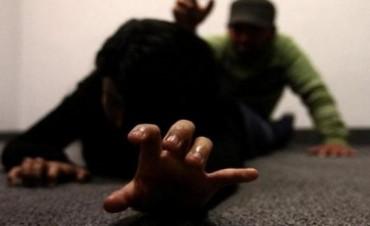 Vecinos Socorren a mujer que sufrió intento de abuso