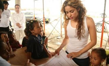 ¡Shakira donó 15 millones de dólares a los damnificados de Haití!