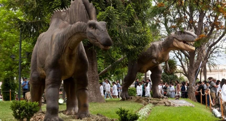 La Plaza se convirtió en un Parque Jurásico