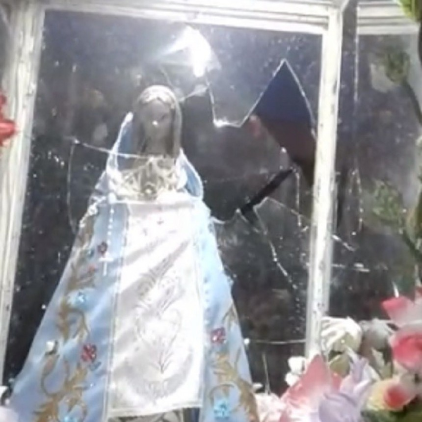 Vándalos destruyeron gruta de la virgen en Valle Viejo