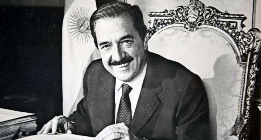 A 35 años del triunfo de Alfonsín: el retorno de la democracia