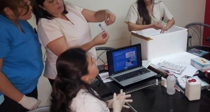 El CUR trabaja para prevenir el VIH y Sífilis congénita