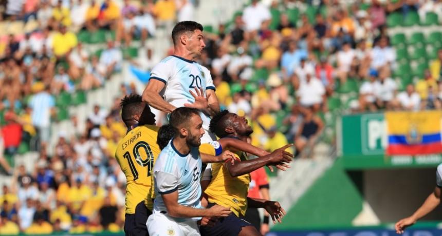 Aplastante goleada de Argentina a Ecuador por 6-1 en el último amistoso de su gira por Europa