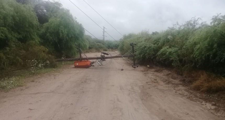 La lluvia afectó el servicio eléctrico en la provincia