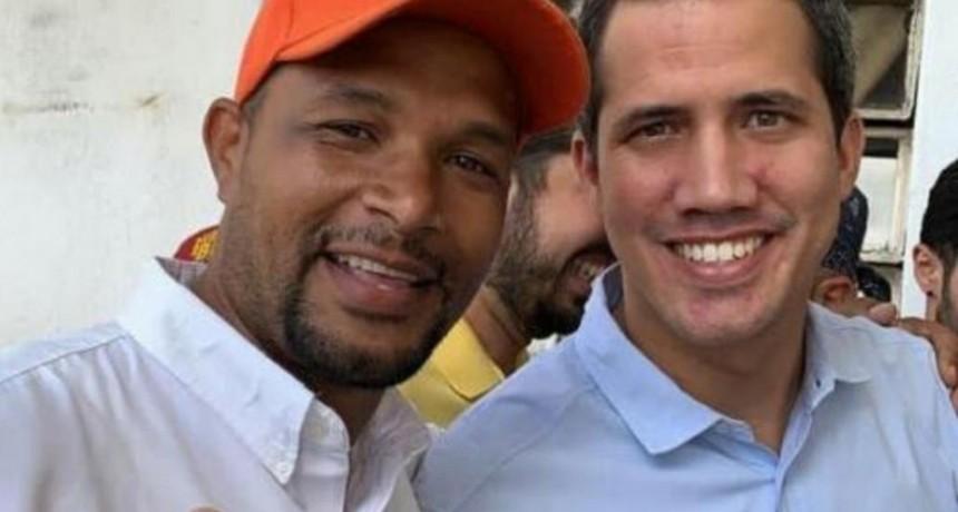Venezuela: hallaron el cadáver carbonizado del opositor Edmundo Rada y Juan Guaidó acusó a Nicolás Maduro por el asesinato