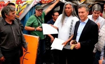 Macri se reunió con los Qom en el reinicio de la campaña