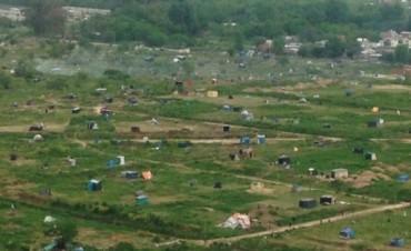Toma de tierras en Merlo: 3.000 familias se instalaron en terrenos privados