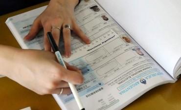 El balotaje se desarrolla con normalidad en todo el país y ya votaron Scioli, Macri y la Presidenta
