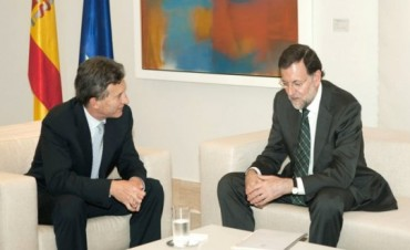 Mariano Rajoy felicitó a Mauricio Macri y le prometió el apoyo de España