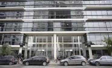Ordenan tasar el departamento de Florencia Kirchner y unidades de Madero Center