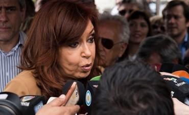 Confirman el procesamiento y embargan a Cristina Kirchner por $ 10 mil millones