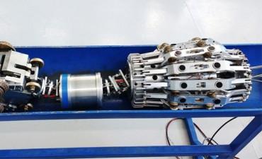 Diseñan un robot para controlar tuberías de combustibles en aeropuertos