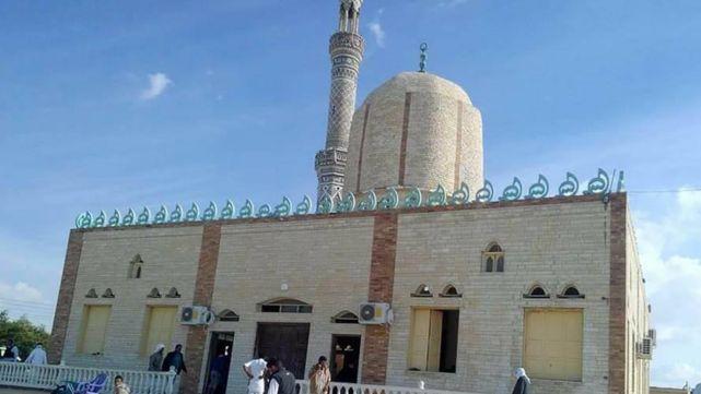Egipto: 305 muertos en atentado a mezquita