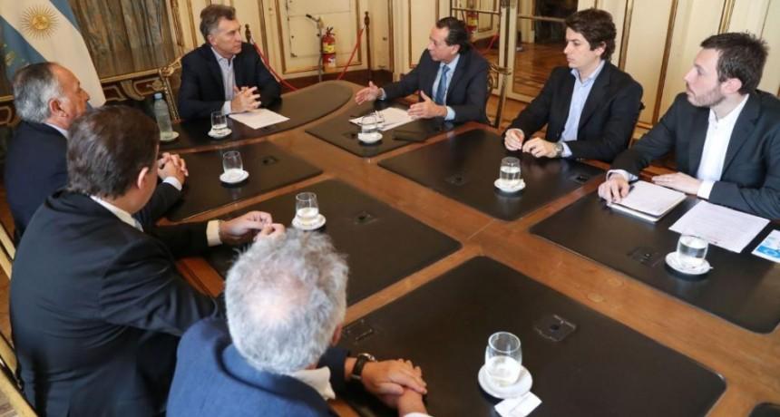 Mauricio Macri anunció beneficios para los sectores textil, calzado y marroquinería