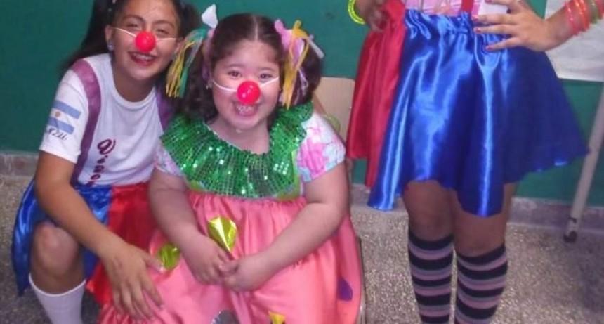 Nahiara pudo disfrutar de la muestra junto a sus compañeritos a pesar de su discapacidad Motora