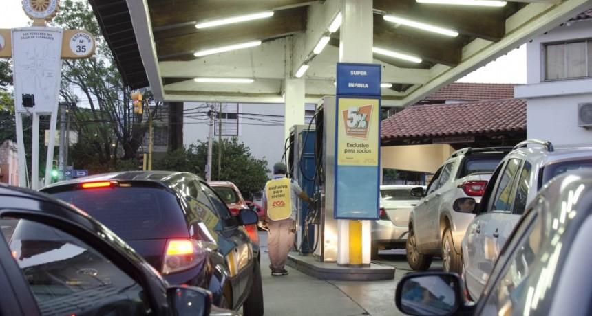 A partir de hoy, regirán nuevos precios en los combustibles y se esperan incrementos del 4 al 6 por ciento