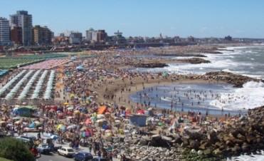 Mar del Plata: nuevo pedido del sector turístico para atrasar el inicio de clases 2016