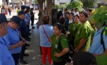Los precarizados agentes ambientales se manifestaran este miercoles