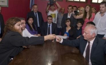 La dirigencia del FCyS en la asunción de Gustavo Jalile