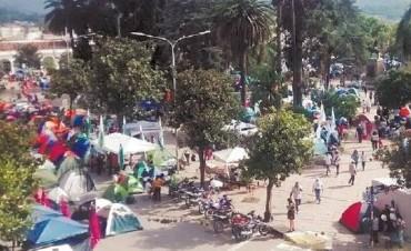 Tensión en Jujuy: la Tupac bloquea la Casa de Gobierno provincial