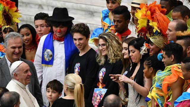 Francisco disfrutó del circo cubano