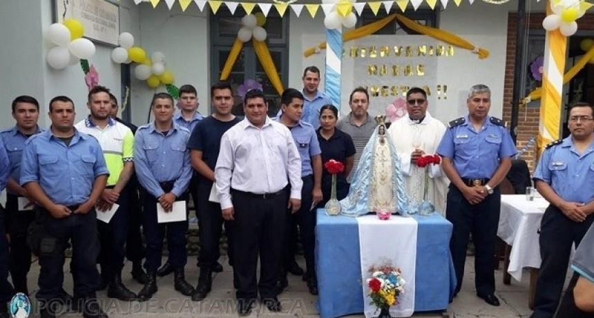Finalizó la visita de la Virgen del Valle a las dependencias policiales