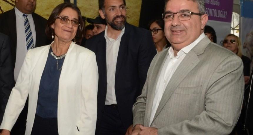 Hoy asume Raúl Jalil al frente del Gobierno provincial