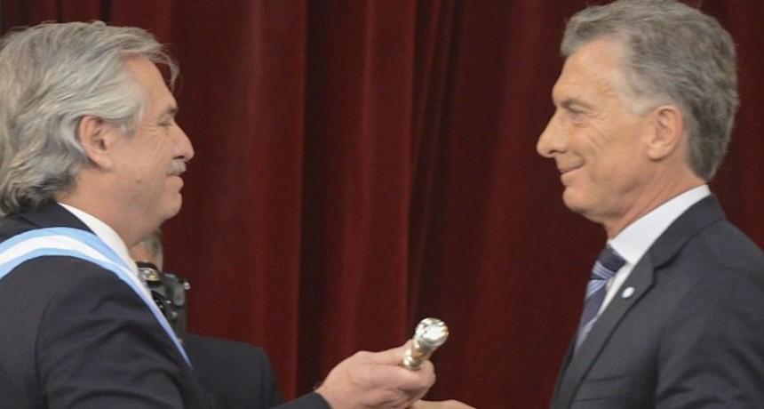 Alberto Fernández y Cristina Kirchner juraron ante la Asamblea Legislativa